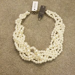 Bauble bar bubble stream pearl collar necklace.